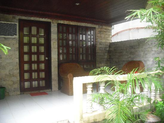 Boracay Peninsula Resort: room veranda