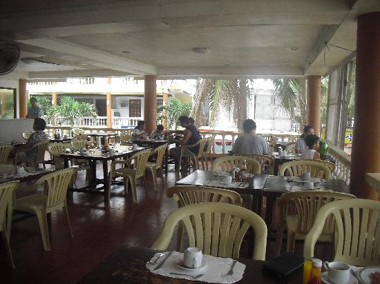 Boracay Peninsula Resort: breakfast area