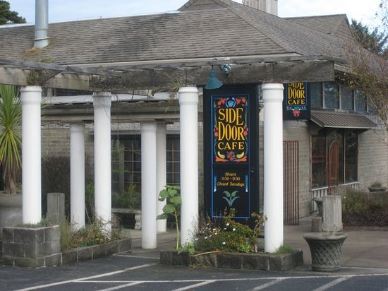 Side Door Cafe: Here's the outside of the Side Door