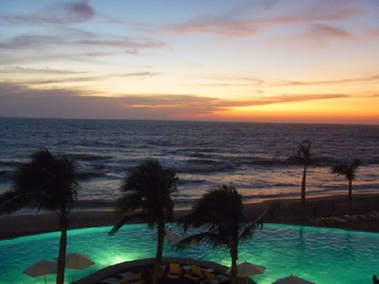 Park Royal Mazatlán: Atardecer en habitación
