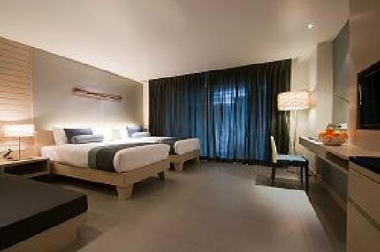 The ASHLEE Heights Patong Hotel & Suites: Superior Room