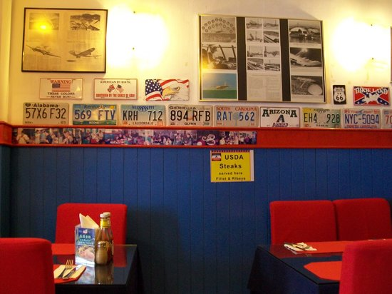 Jerry's BBQ and Grill: inside view