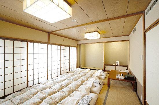 Smile Hotel Tomakomai: 15畳和室