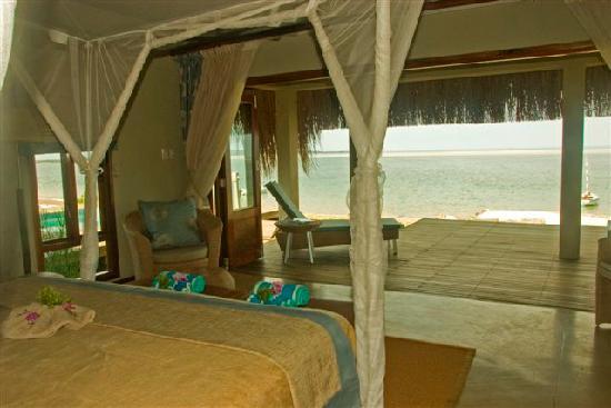 Dugong Beach Lodge: Room Interior (1)