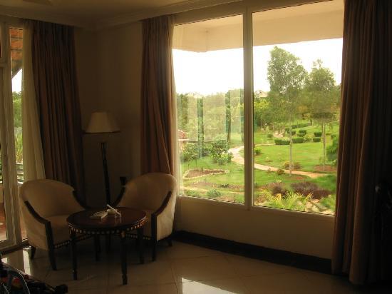 Pragati Resorts: this was one cosy room...