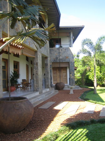 Baramba House: The house