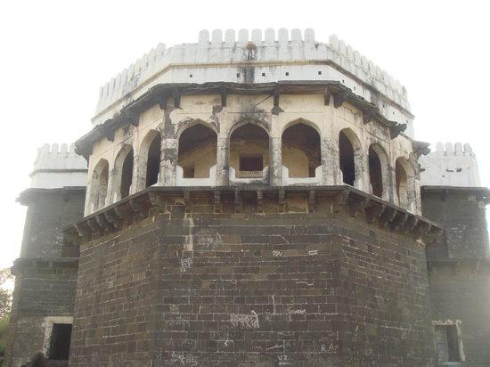 Daulatabad Fort: Meeting Hall and kind of observatory