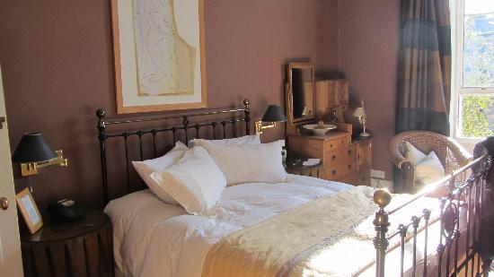 Southside Guest House: veduta d'insieme della nostra camera