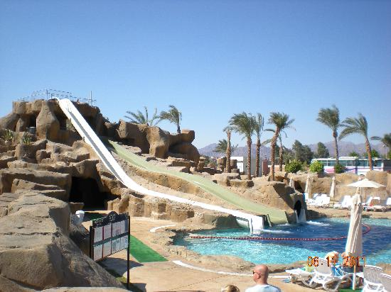 Reef Oasis Beach Resort : scivoli
