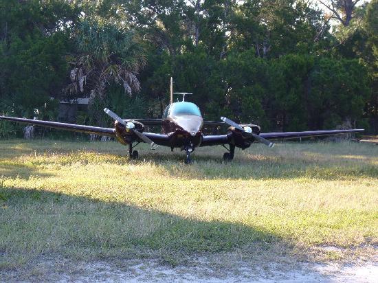 Seahorse Landing: Airplane runway
