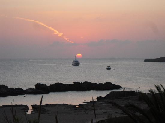Hotel Apartamentos Portu Saler: l'alba sul mare