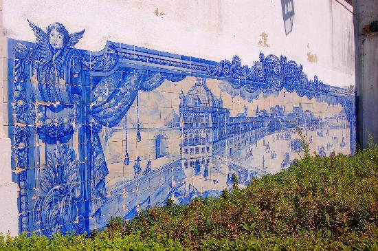 Miradouro de Santa Luzia: gli azulejos