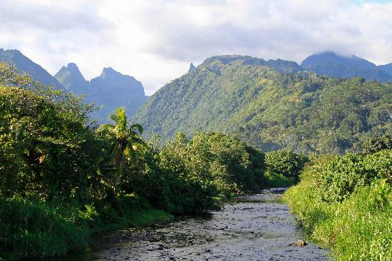 Tahiti, French Polynesia: The view the other way from the bridge