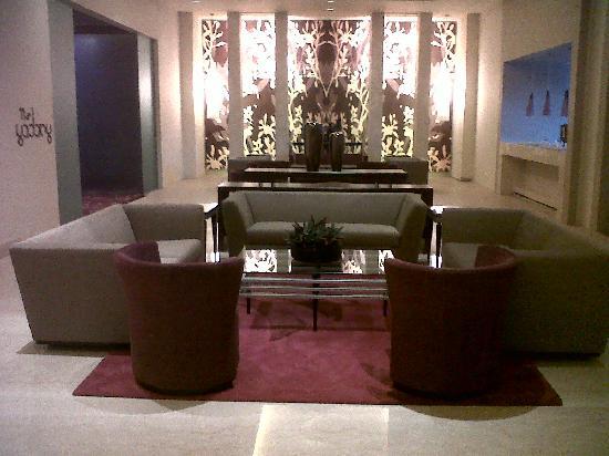 Park Plaza Bengaluru: Lounge Bar