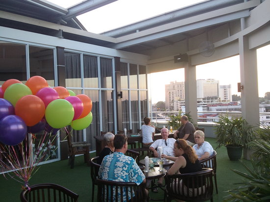 LimeLight Rooftop Lounge: Outdoor party at LimeLight