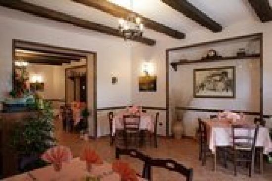 Bar Trattoria da Zio Pierino : Sala..