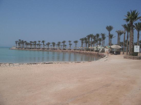 la plage de l hotel  Festival Shedwan Golden Beach Resort 3*, Єгипет,  Хургада - photo
