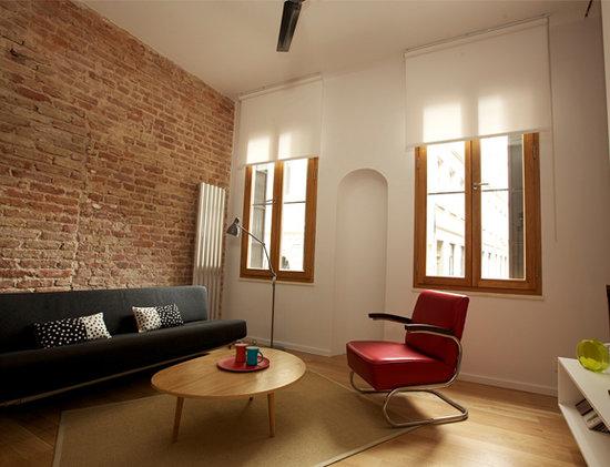 Arc Suites: Livingroom_1_1