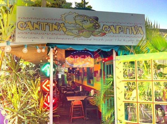 Cantina Captiva: entrance