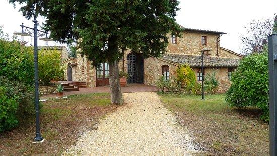I Melograni del Chianti: Entry to villa