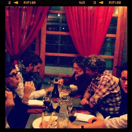2 Pazzi Restaurant: Dinner with friends