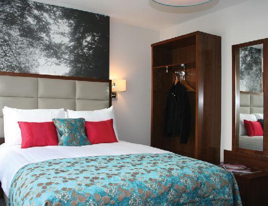 Seraphine London Kensington Gardens: bed room1