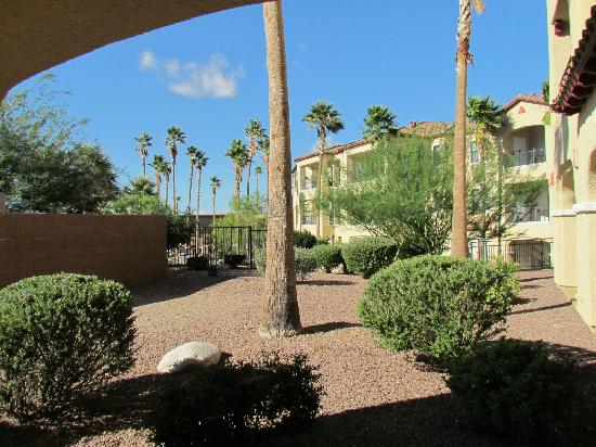 Wyndham Green Valley Canoa Ranch Resort: view from our first private patio