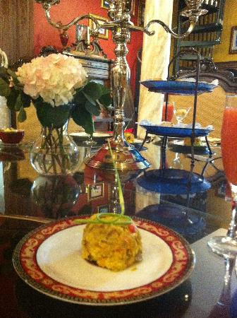 Stone Manor Boutique Inn: Bombay Sunrise is being served as another course