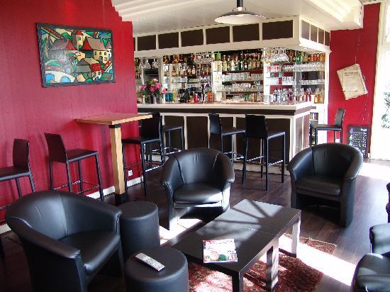 Hotel du Golf le Lodge : Bar