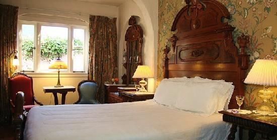 Martine Inn: Monterey Intimate Room