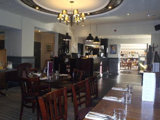 The Cross Scythes Totley: inside restaurant