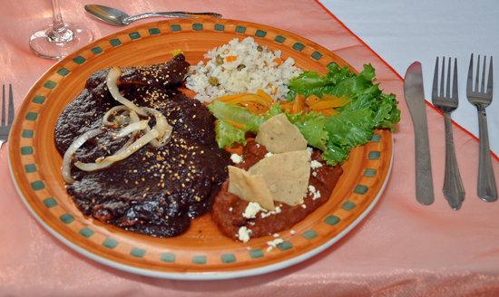 RincOn Del Cielo: Pollo con Mole - que deliciosa!