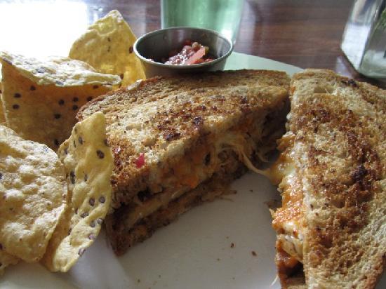 Green Light Cafe: Tempeh Reuben Sandwich