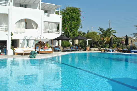 Andronikos Hotel: Another view of the pool!