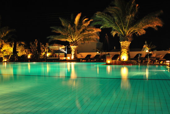 Andronikos Hotel: The pool at night - wow!