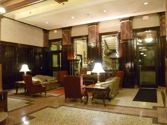 Drury Inn St. Louis at Union Station: Lobby