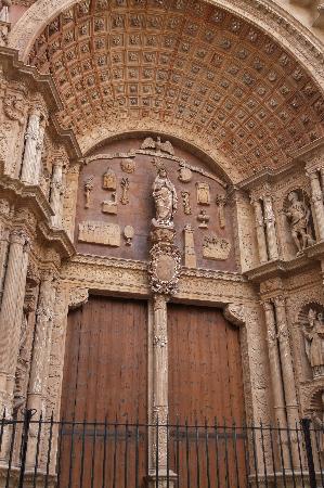 Catedral de Mallorca: outside