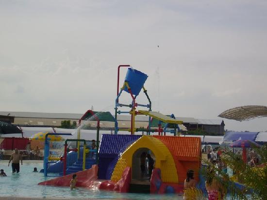 aquaventurapark: picina niños
