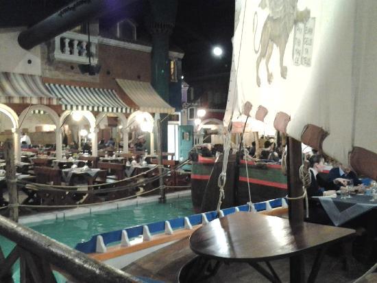 Mirano, İtalya: stile Las Vegas
