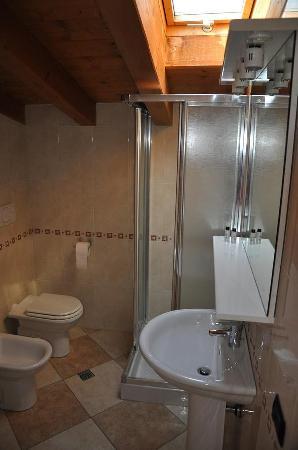 La Casa di Pierina: Toilette dell'appartamento Blu