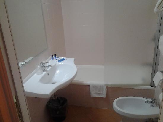 Autohotel Venezia: bagno