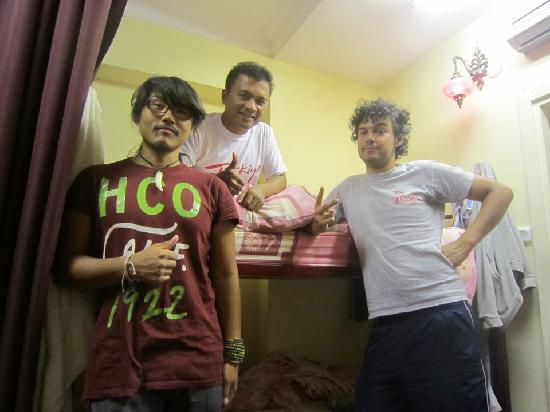 Moonstar Hostel: with roommate, from Iran and Korea