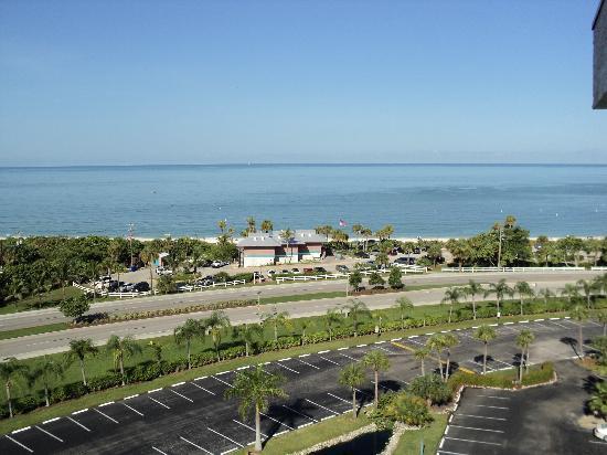 Bonita Beach & Tennis Club : Bonita Beach view from the 3rd floor Bldg. 3
