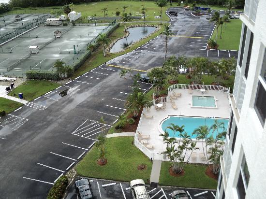 Bonita Beach & Tennis Club : View from the top floor Bldg 3
