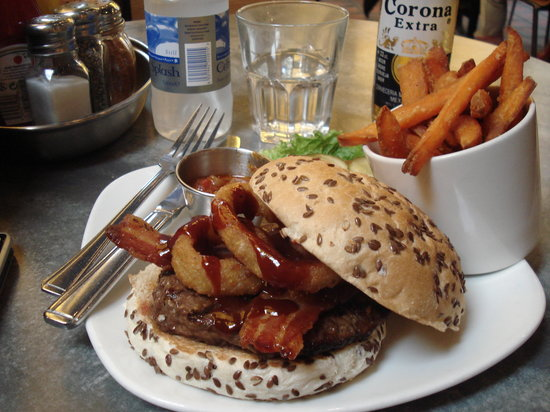 Giraffe: Rodeo Burger