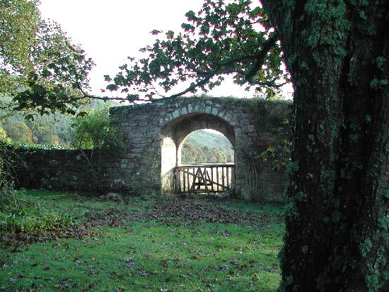 Pluscarden Abbey : View of gateway from the grounds