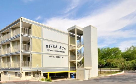 RiverRun Condominiums: River Run Condos in New Braunfels