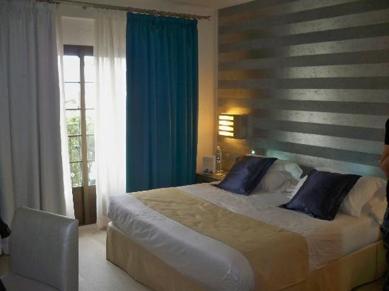H10 Andalucia Plaza: the upgraded room