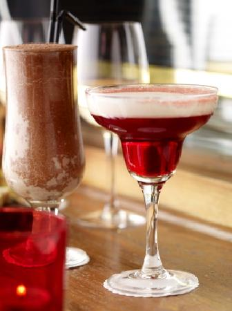 Le Bon Crubeen: Cocktails