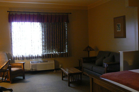 BEST WESTERN PLUS Sunset Suites-Riverwalk: Living Room Area